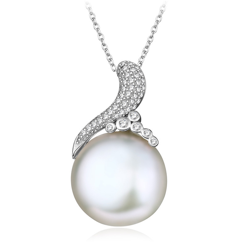 fashion-pearl-necklace-02